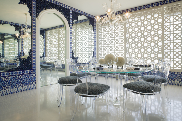 Modern dining chairs for Dining room in arabic