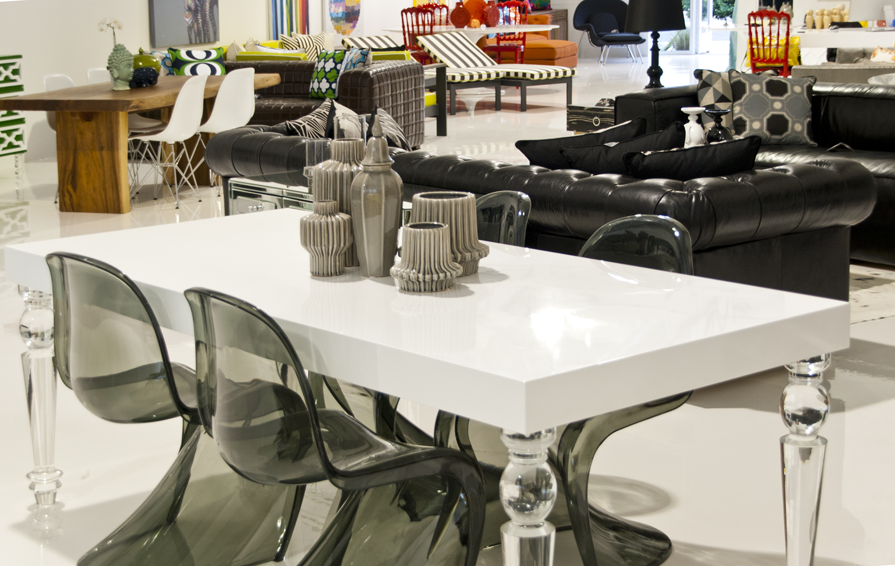 . Modern Furniture Store in Orange County  CA